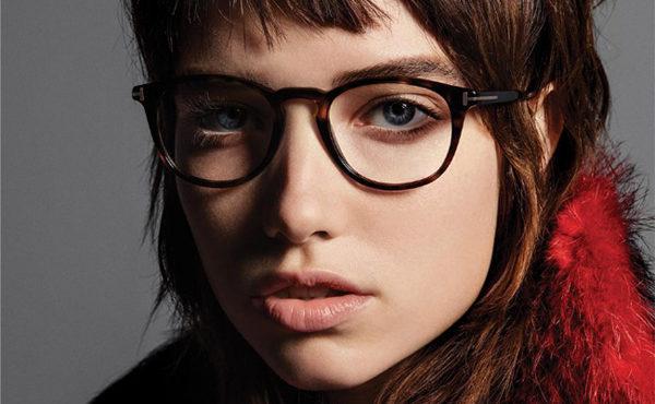 セレブ御用達!トム・フォードのメガネが大人気な秘密とは?その人気モデルと着用有名人・オススメコーディネートを紹介!